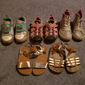 5 pairs of toddler girls shoes